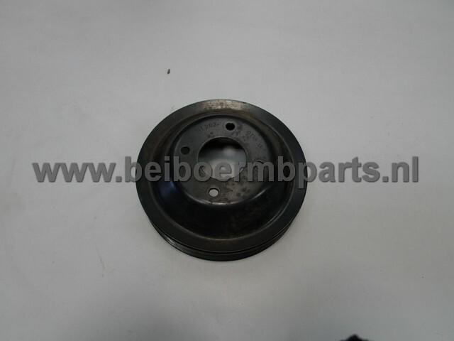 Poelie waterpomp Mercedes 202/210 111 benzine motor