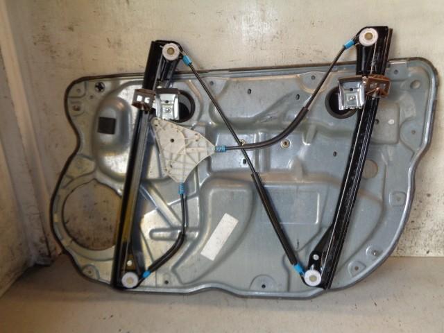 Raammechaniek 5-deurs Volkswagen Polo 9N 1.9 SDI ('01-'05) 6Q083775