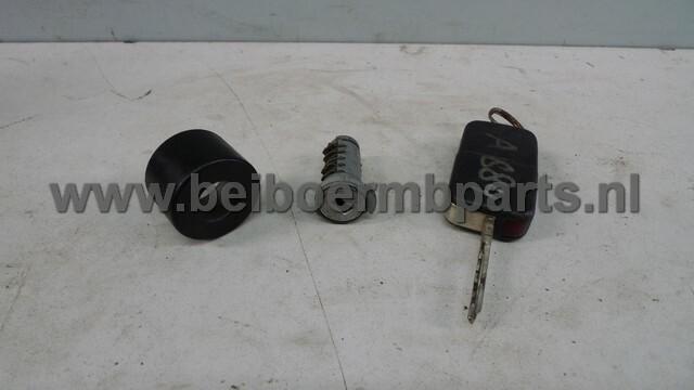 cilinderslotje + sleutel Mercedes 210 1klapsleutel