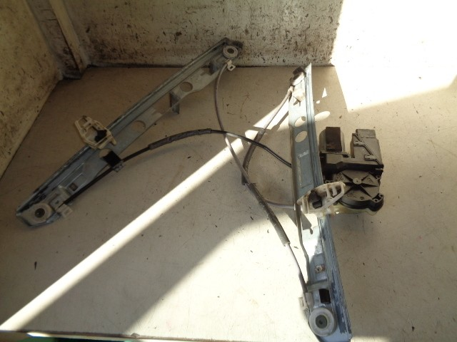 Raammechaniek linksvoor 5-deurs elektrisch Renault Megane II 1.9 dCi Authentique Comfort ('00-'11) 128000471