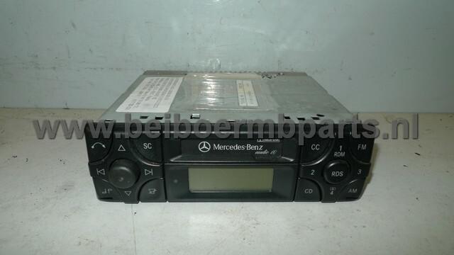 Radio Mercedes 210 audio 10CC met RDS