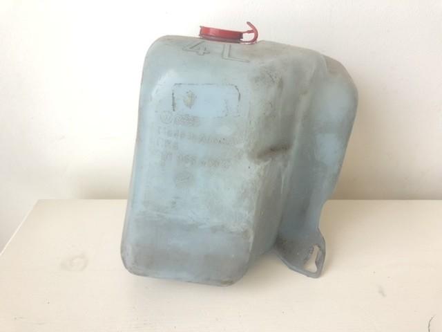 Ruitensproeiertank voor origineel 191955453C Golf II (19E)