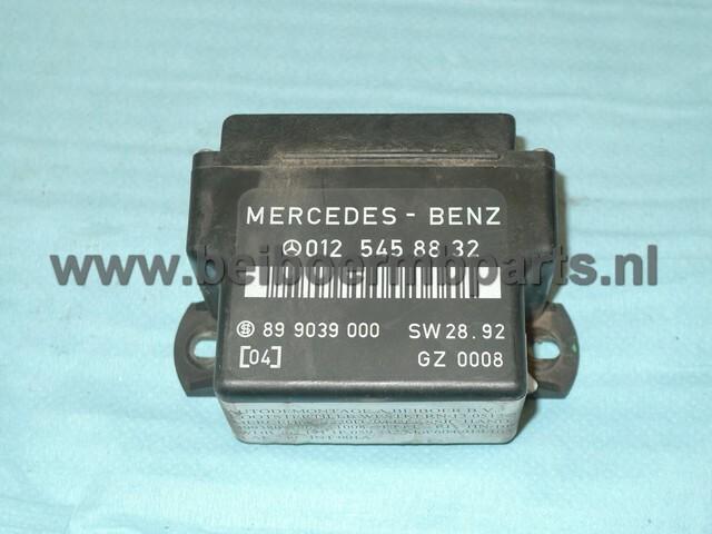 Gloeirelais Mercedes 202 C220D