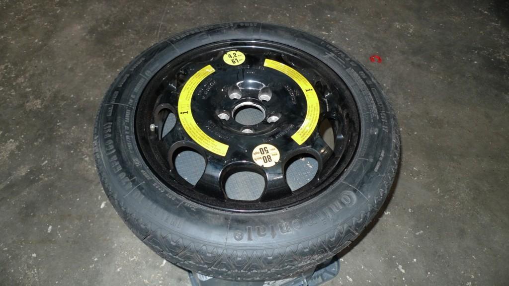 Thuisbrenger Mercedes 211/212 17 inch 4J ET 34 met band 155/70 17 3,5mm alu velg