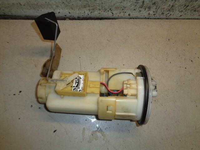 Brandstofpomp elektrisch Toyota Yaris I 1.0-16V VVT-i ('99-'05) 2322111060