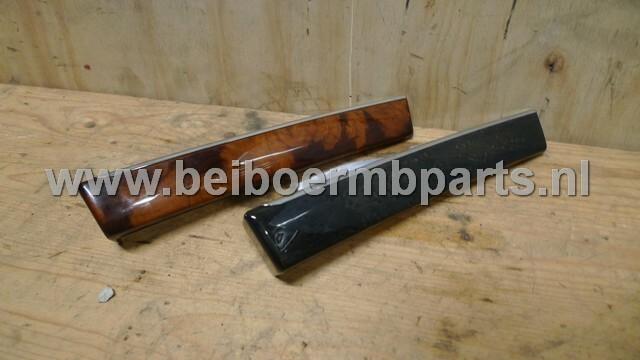 Dashbordlijst Mercedes 211 houten lijst in dashbord wortelnoot (kort)