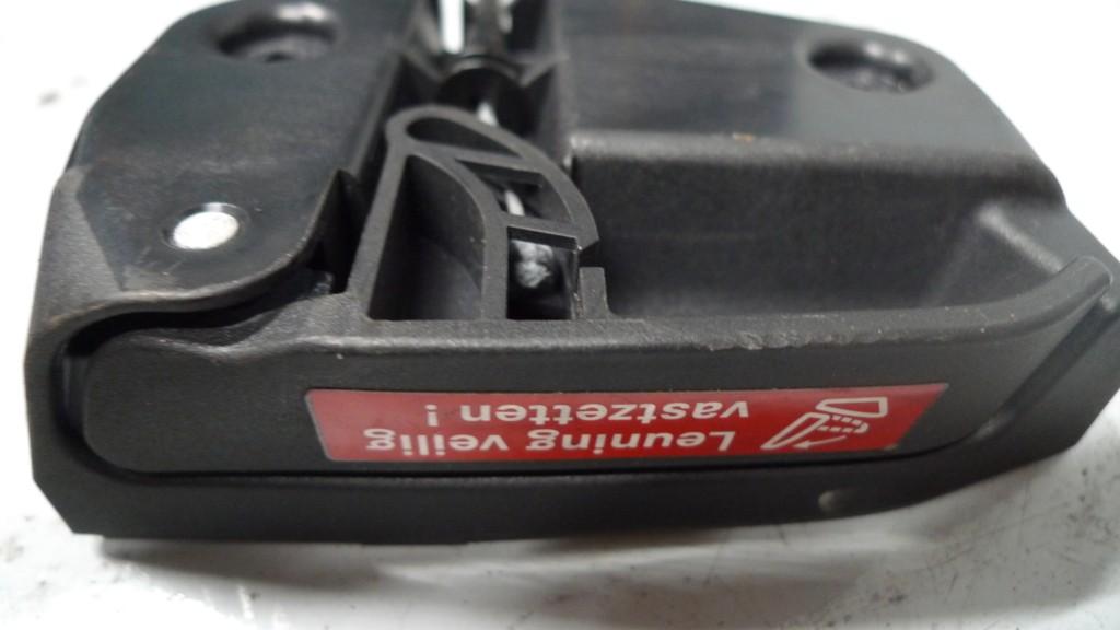 Achterbankslot A2029200164 greep ontgrendeling rugleuning l.a. Mercedes 202/211