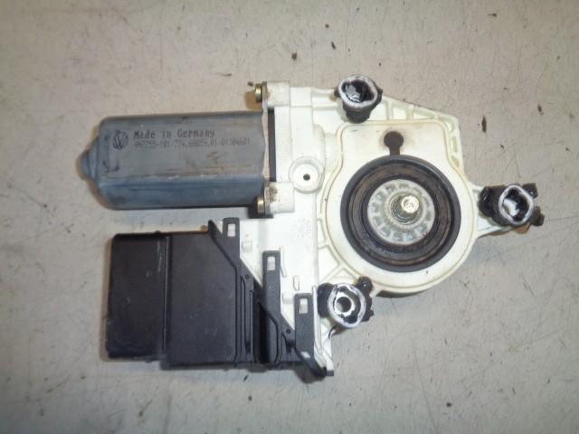 Motor raammechaniek linksachter 5-deurs Volkswagen Golf V 1.6 FSI Comfortline ('03-'08) 1K4839402C