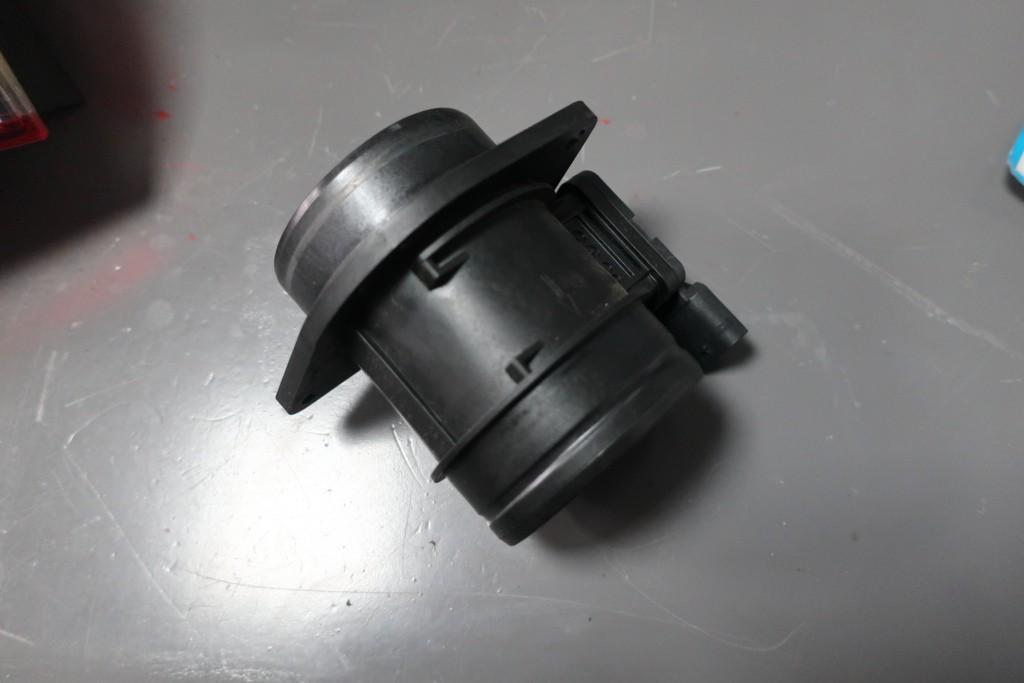 Luchtmassameter Volkswagen Golf VII ('12->)04l906461b