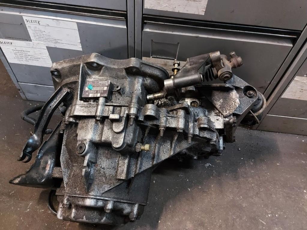 5 versnellingsbak Saab 900 Cabrio 2.3 SEFM54 501