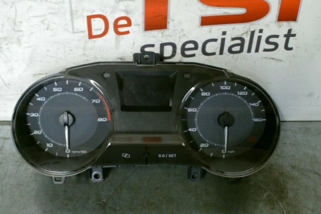Instrumentenpaneel MP/H 6J0920901E Seat Ibiza 6J Bocanegra