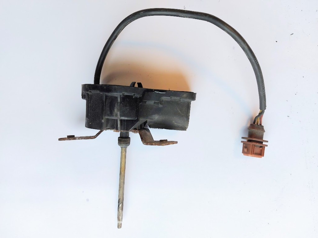 Koplampwissermotor linksVolvo V70 I  ('97-'00)0390206951
