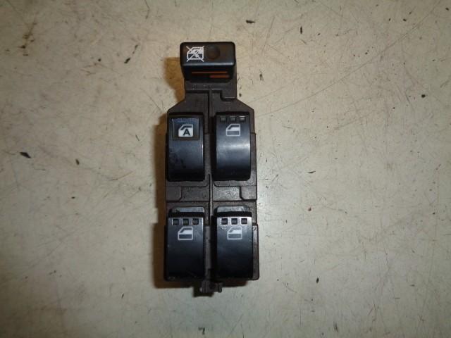 Raamschakelaar 5-deurs Daihatsu Sirion 2 1.0-12V Trend ('05-'12)