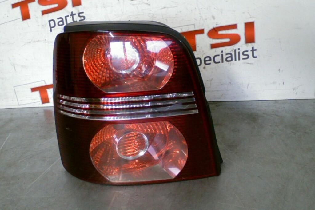 Achterlicht Links 1T0945095J Volkswagen Touran ('03-'10)