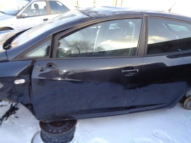 Portier lv LZ9C zwart Seat Ibiza 6J  ('08-'17) 6J4831055