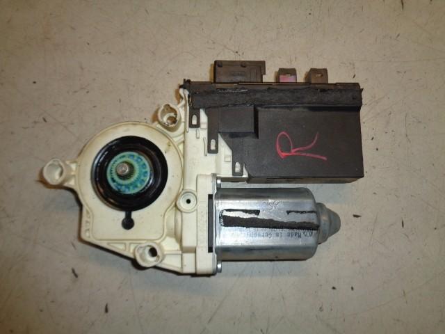 Raammotor rechtsvoor 5-deurs Peugeot 807 2.0 HDiF ST ('02-'13) 1400208580