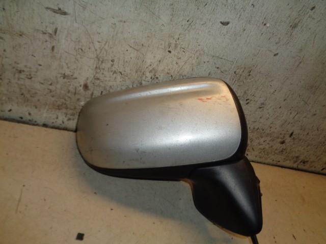 Buitenspiegel rechts grijs highlight silver Mazda Premacy 1.8 Comfort ('99-'05) CB1169120H4Y