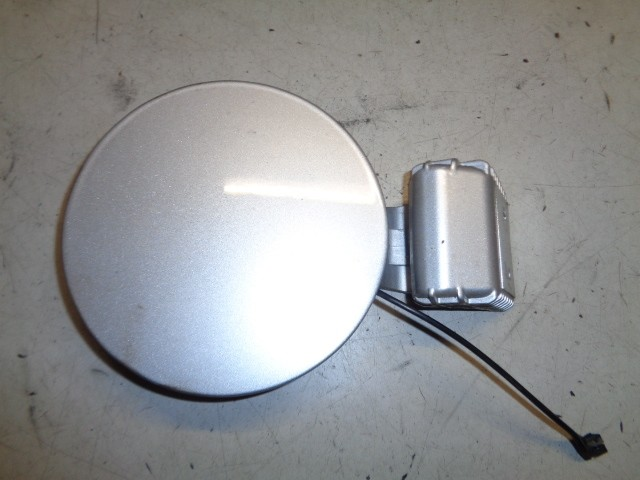 Tankklep grijs clean silver cs metallic Hyundai Getz 1.1i GL ('02-'09) 695101C000