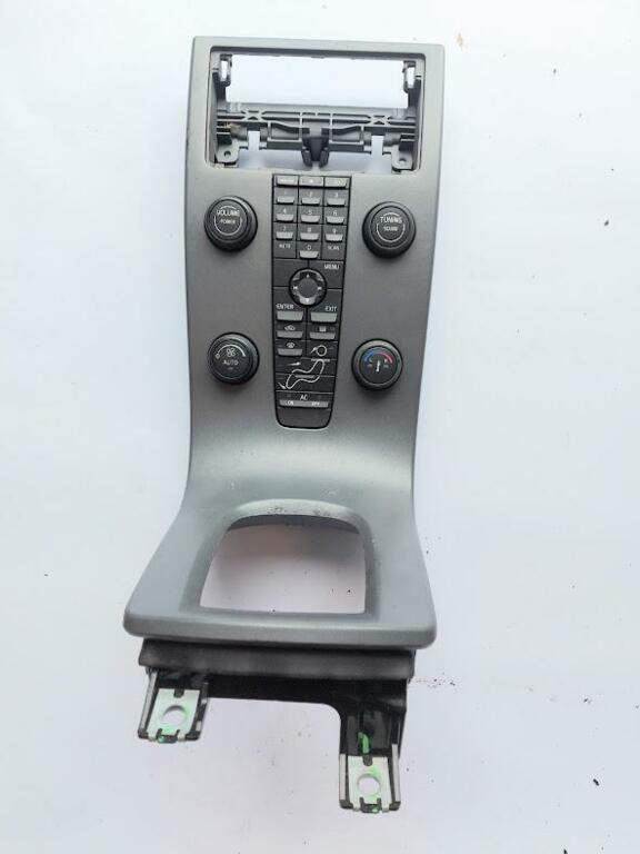 Bedieningspaneel kachel airco radioVolvo V50 1.6D ('04-'12)
