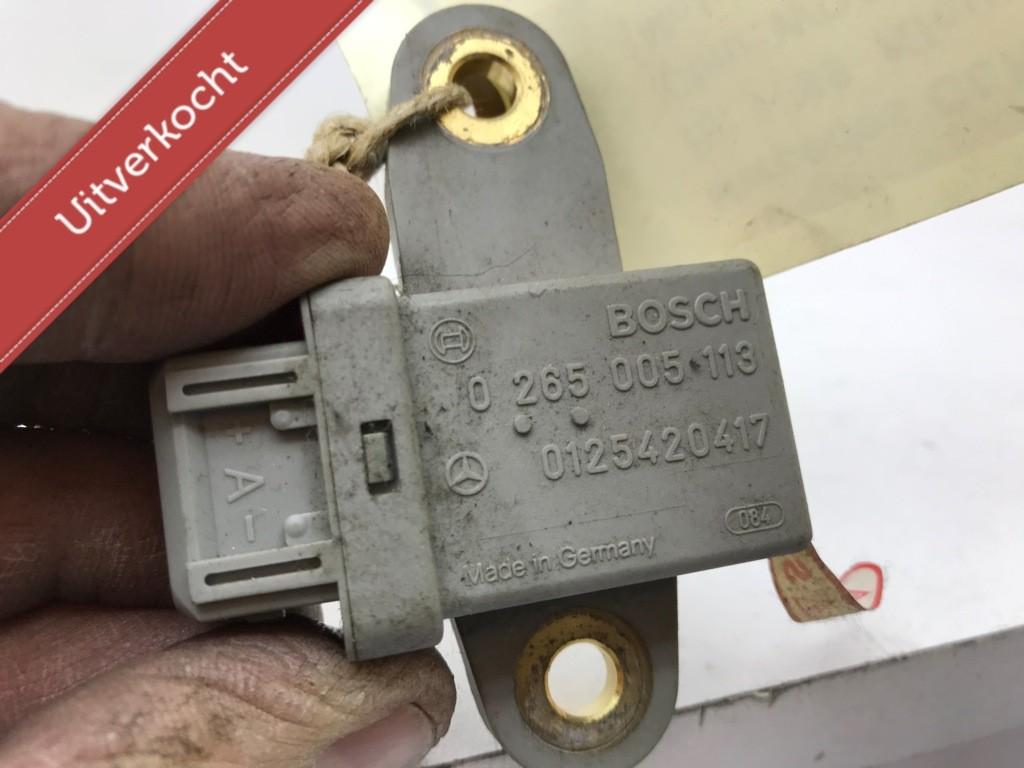 Acceleratiesensor div. type's Mercedes  0265005113