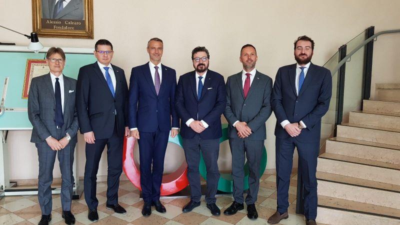 VISITA DELEGAZIONE DEL GOVERNO SLOVACCO IN CALEARO ANTENNE SPA