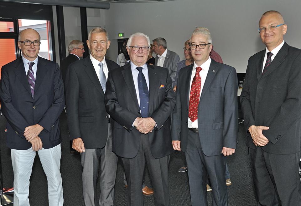 Seniorchef Willy Schwenger feiert 80. Geburtstag und erhält Gründerpreis für Lebenswerk