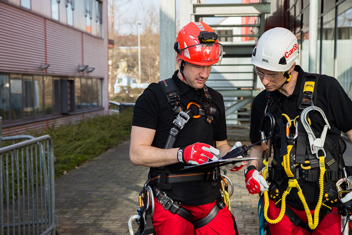 Safety at work - New catalogue on occupational safety and health Fall protection 2019