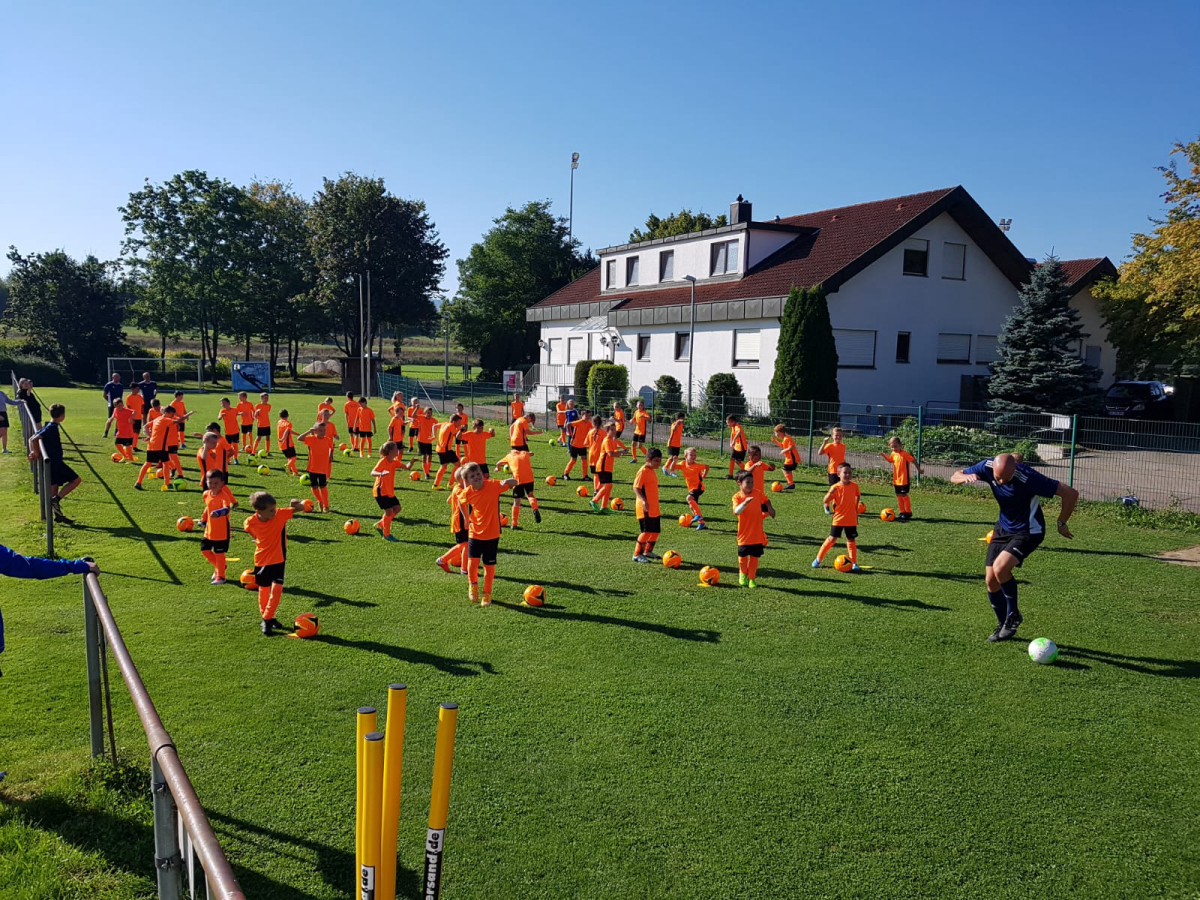 Review of the Carl Stahl football camp 2020