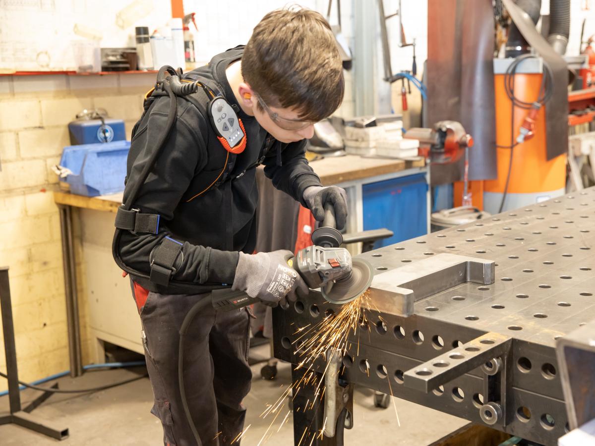 Modernste Technik im Einsatz - Ausbildung im Metall-Handwerk