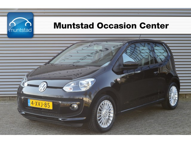 Volkswagen Up! 1.0 75 pk high up! bluemotion airco cruise control 15 inch lm velgen