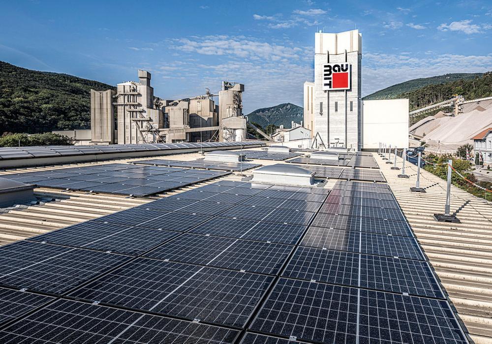Photovoltaikanlage auf Firmendach