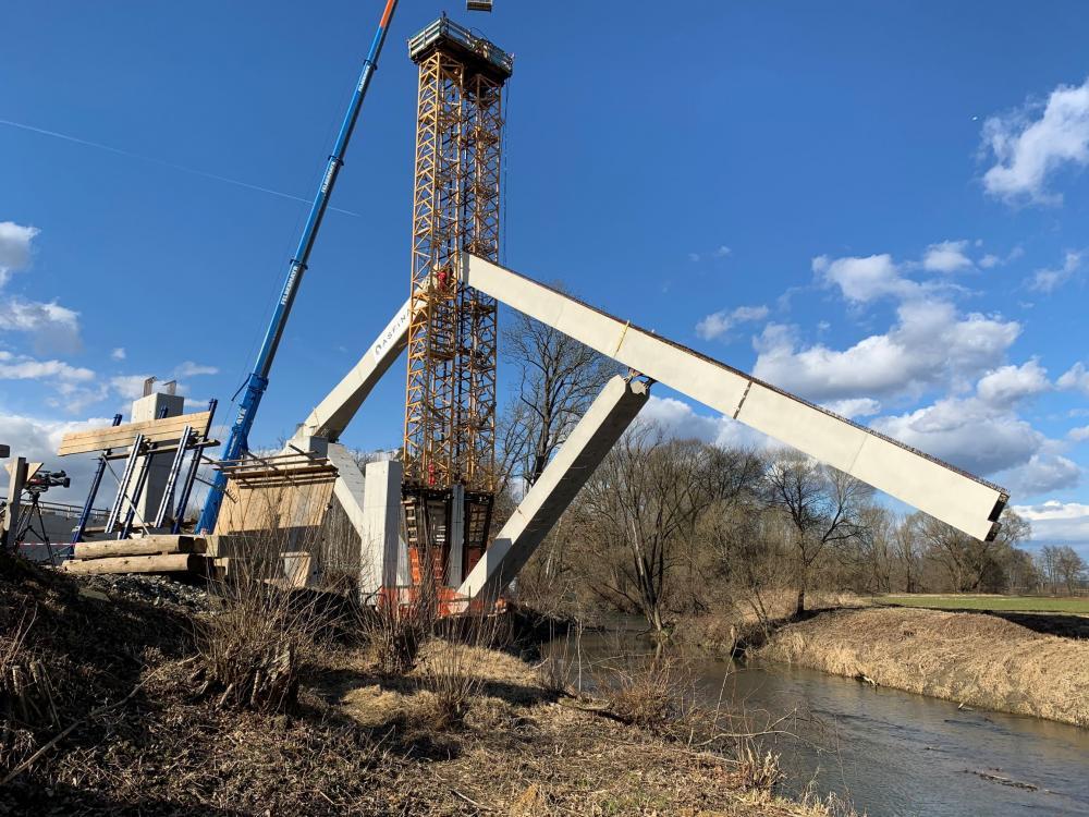 Klappbrücke S 7