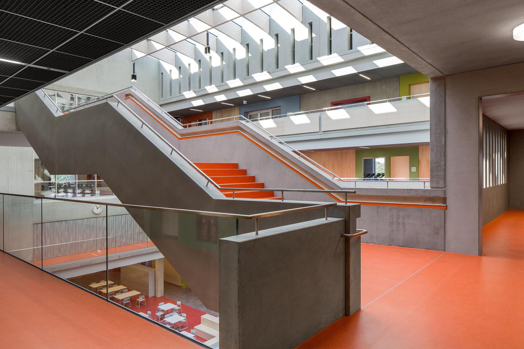 Willibald Gluck Gymnasium Tageslicht