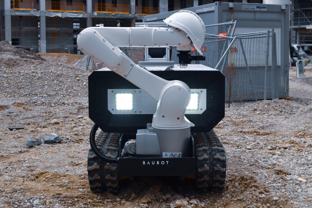 Bauroboter auf der Baustelle