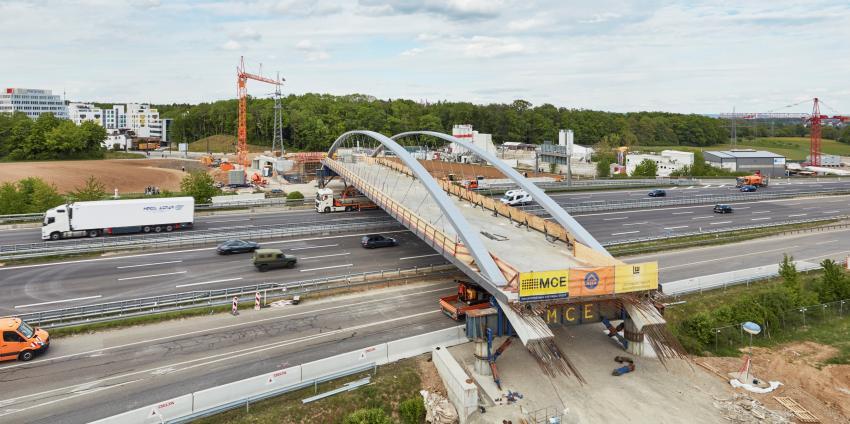 Brücke aus Stahl