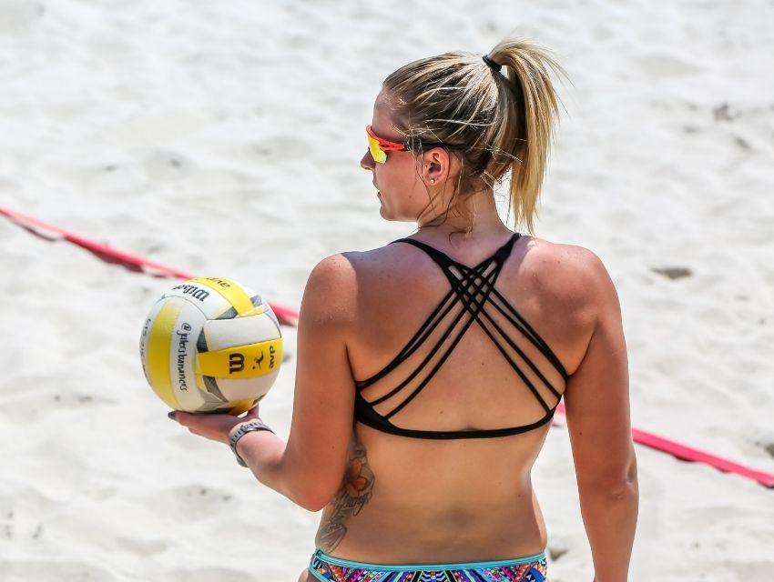 Plaj Voleybolu Nasıl Oynanır - kapak