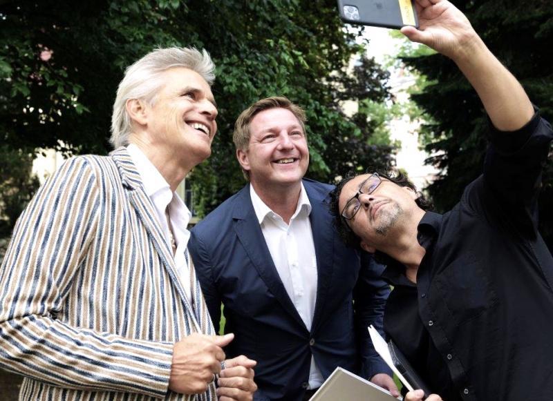 Social-Media-Profi Wolfgang Kofler (rechts) mit Thomas Brezina und dem Villacher Bürgermeister Günther Albel