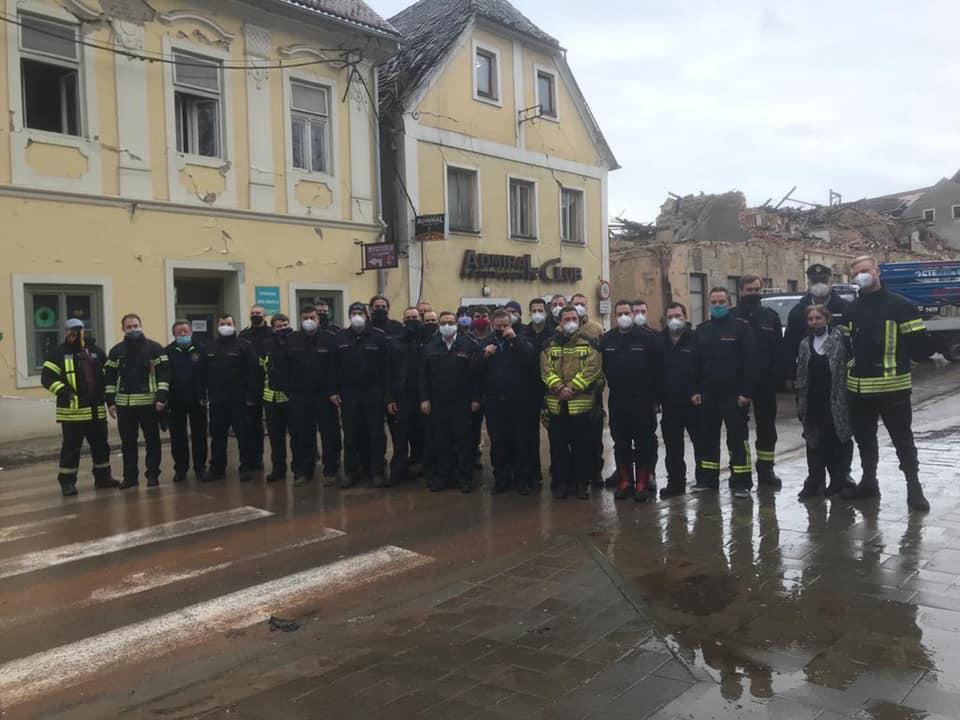 Baden-württembergische Feuerwehren bringen Hilfsgüter nach Sisan. (c)Kreisfeuerwehrverband Emmendingen