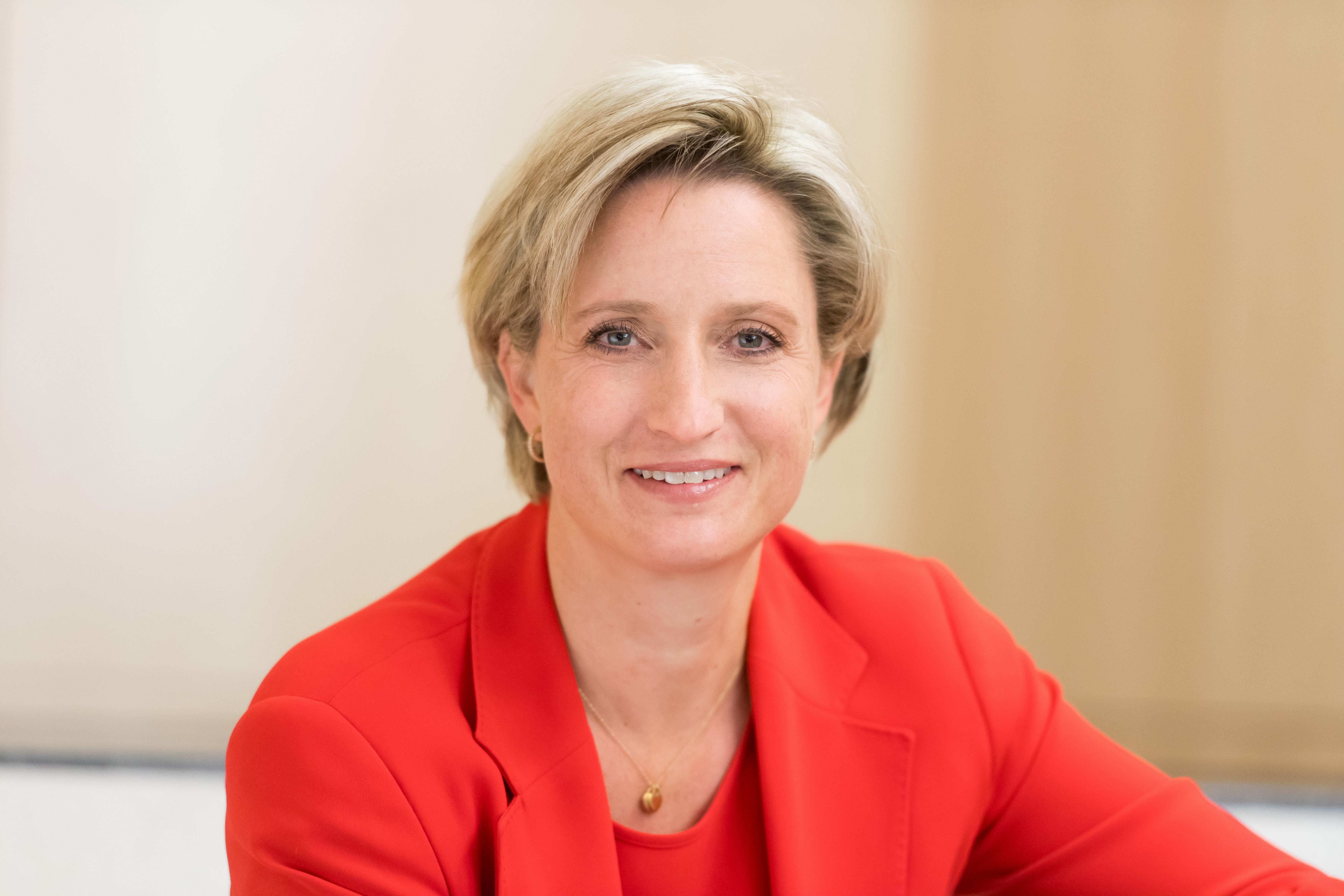 Nicole Hoffmeister-Kraut über die Informationsoffensive 5G und Mobilfunk (c)Martin Stollberg