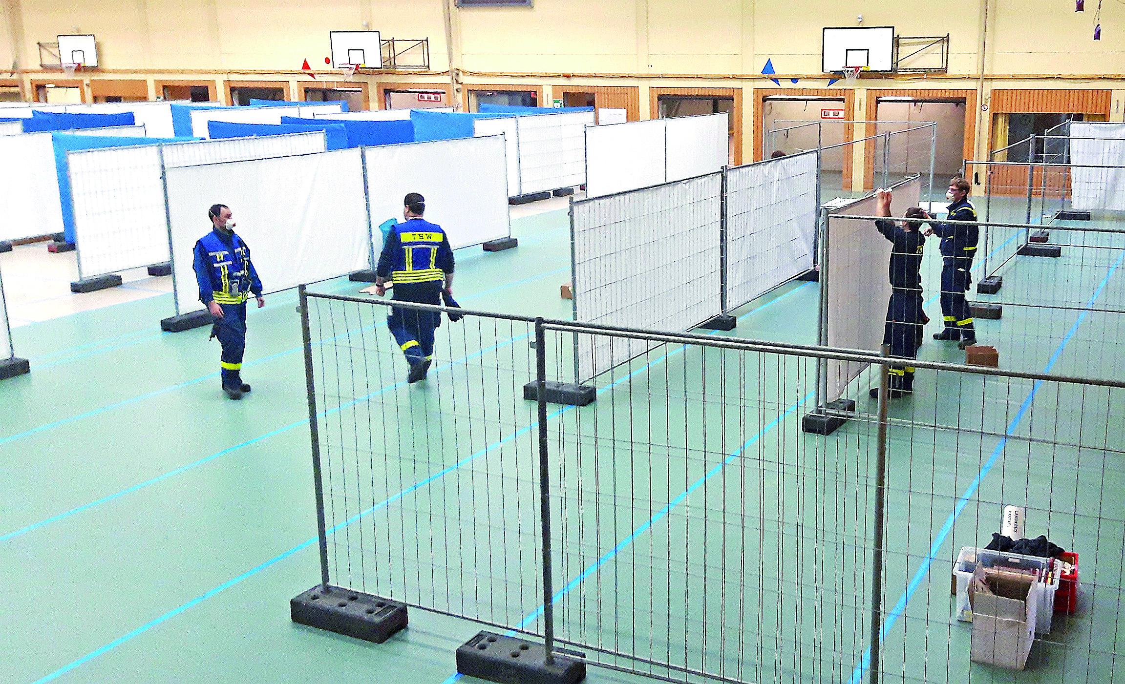 Kreisimpfzentren - Das Kreisimpfzentrum Bühl wurde mit Hilfe des THW aufgebaut.
