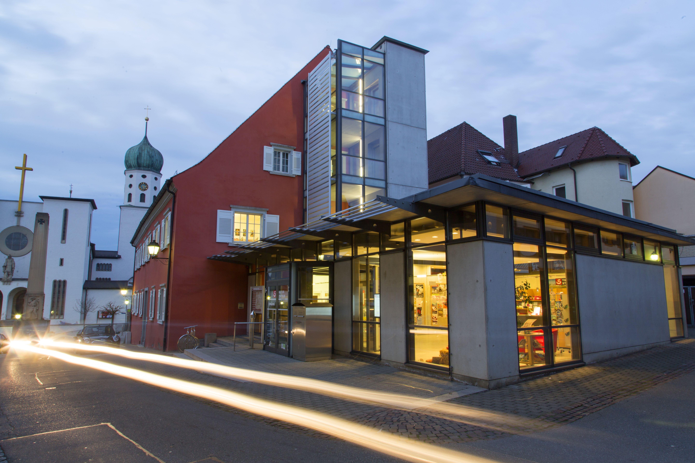 Bibliotheken - Die Bücherei Stockach ist Teil des Kulturzentrums der Stadt.