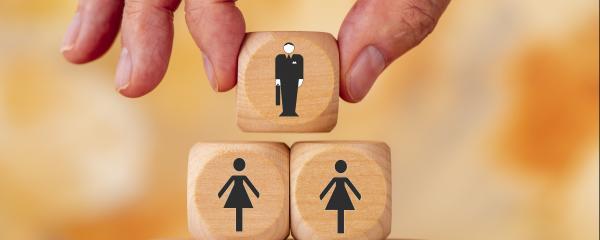Der Frauenanteil in Spitzenpositionen der kommunalen Unternehmen bleibt niedrig.