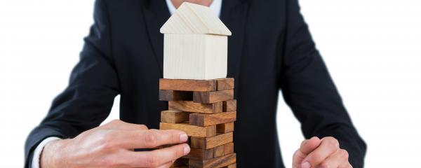 Holz ist ein Paradebeispiel für einen umweltfreundlichen, nachwachsenden Baustoff