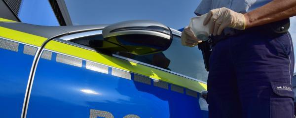 Die Polizei überprüft die nächtlichen Ausgangssperren in Mannheim, Pforzheim und weiteren Kreisen in Baden-Württemberg.