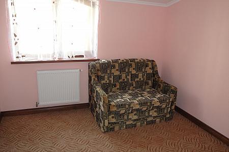 Трехкомнатная квартирапосуточно в Тернополе, ул. За Рудкой, 11