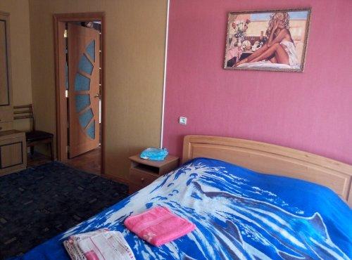 Двухкомнатная квартирапосуточно в Одессе. Киевский район, ул. Академика Королёва, 81. Фото 1