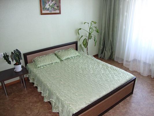 1-комнатная квартира посуточно в Житомире. ул. Большая Бердичевская, 30. Фото 1