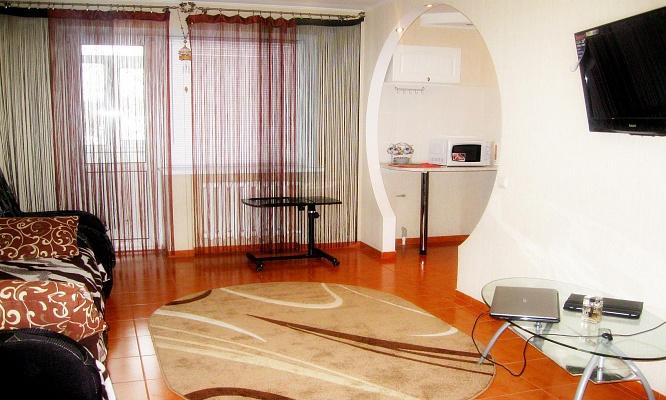 2-кімнатна квартираподобово у Миколаєві, Центральний район, пр-т Центральний, 71a. Фото 1
