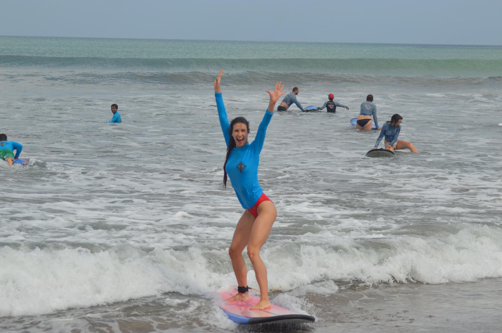 Beginner Surf Lesson In Bali