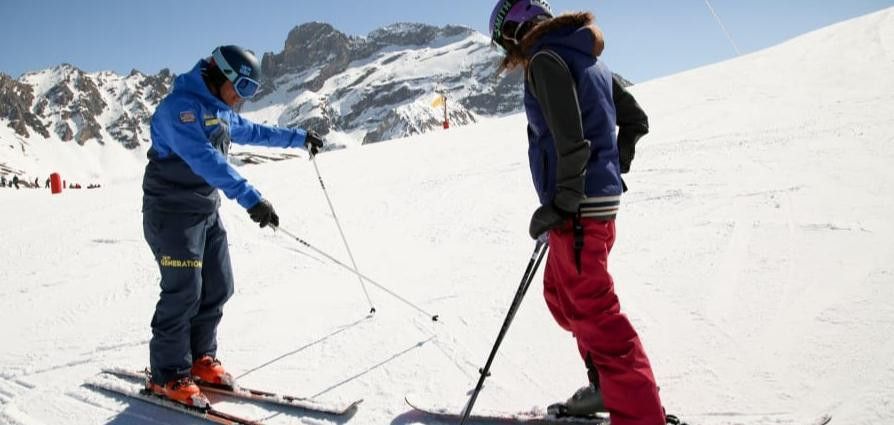 The lessons of skiing for beginners in Vail Resorts, Colorado